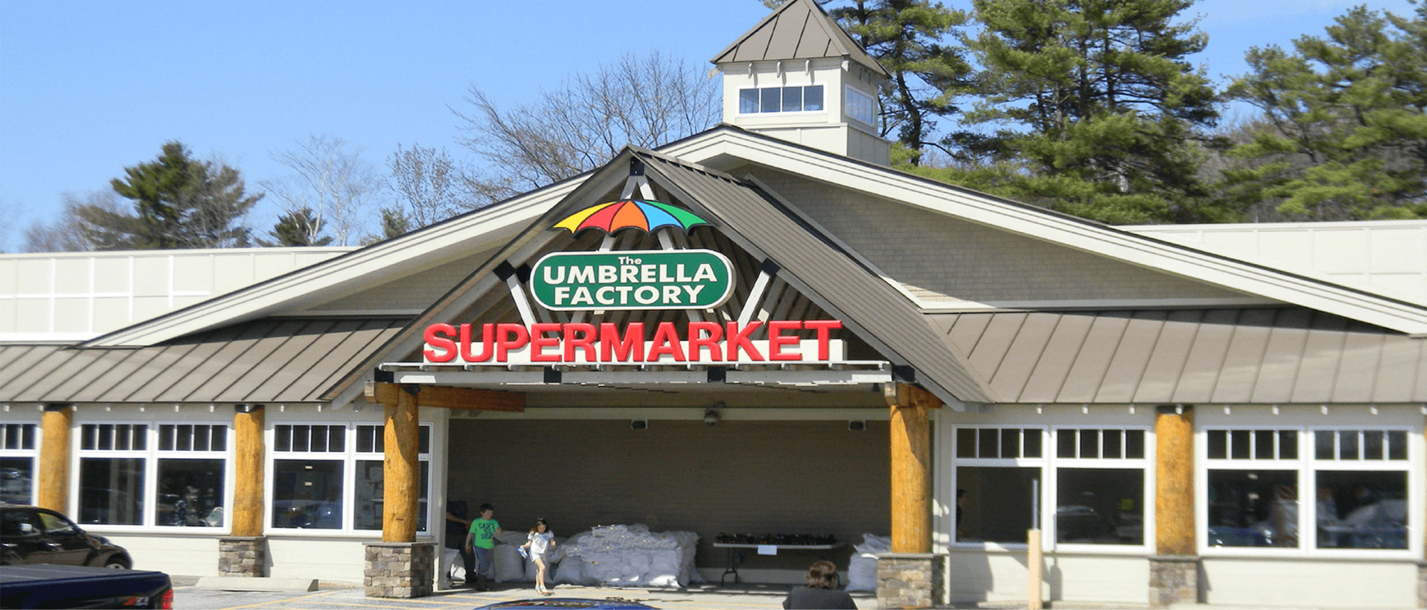 Umbrella Factory Supermarket is you local Hannaford supplied Shop 'n Save